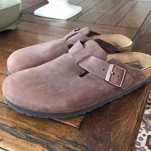 Birkenstock leather clogs